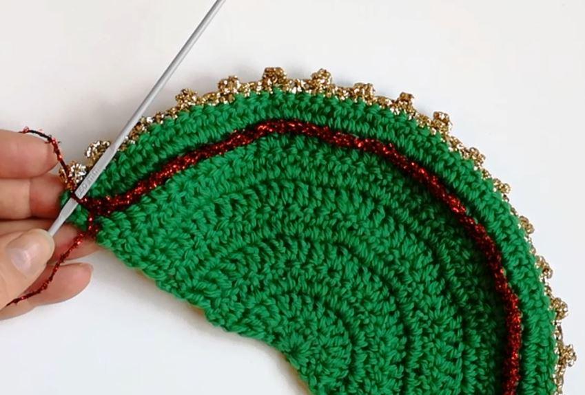 crochet-christmastree-shape-decoration