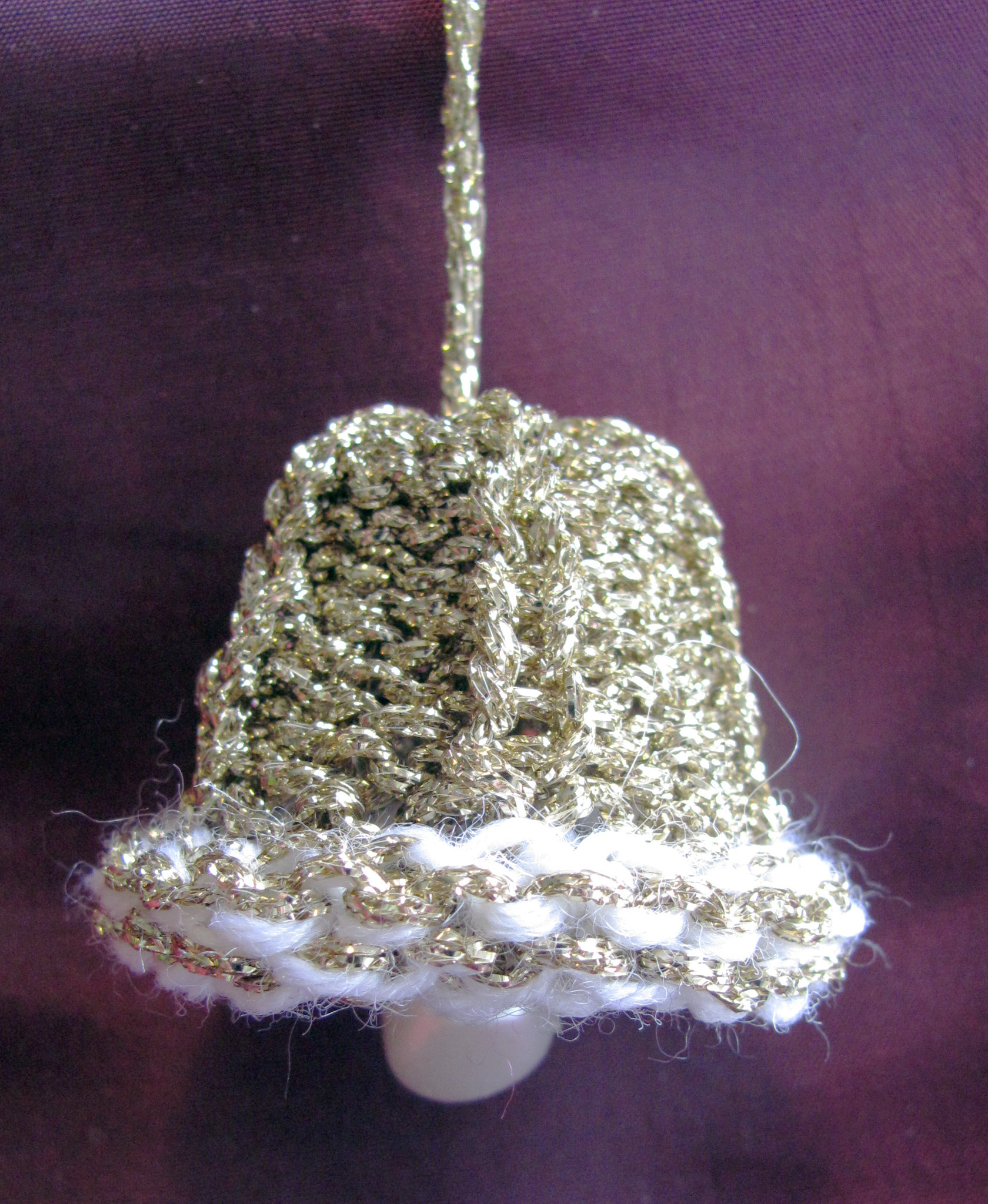 knitted-golden_bell-christmas-decoration