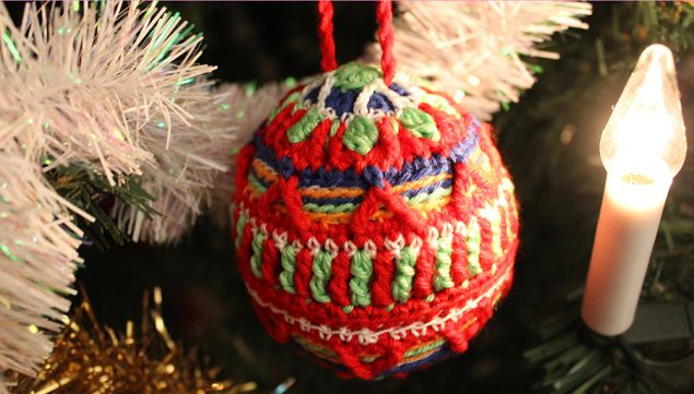 crochet-christmas-ball-tutorial