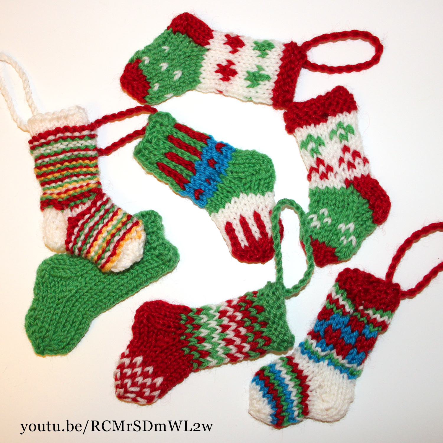 Knitted mini Christmas stockings - Knit & Crochet Christmas