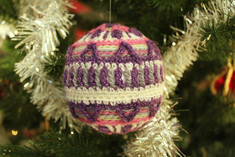 pink-crochet-bauble-in-tree